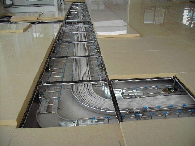 Pavimenti galleggianti e controsoffitti  Viro Design